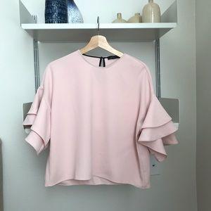 FLASH SALE 🌿Zara pink/blush Ruffle Sleeve Top
